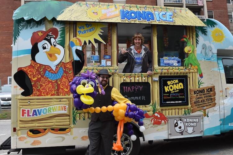 Wayne and our balloon bird puppet with the Kona Ice of the Seacoast truck in Dover, NH.